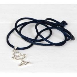 Colgante cáliz de strass con cinta azul marino