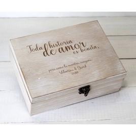 Cofre madera personalizado 23x17cm Toda historia de amor...