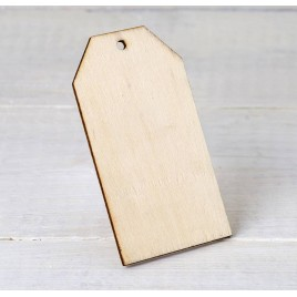 Tarjeta de madera con agujero 4,5x8cm. min.4