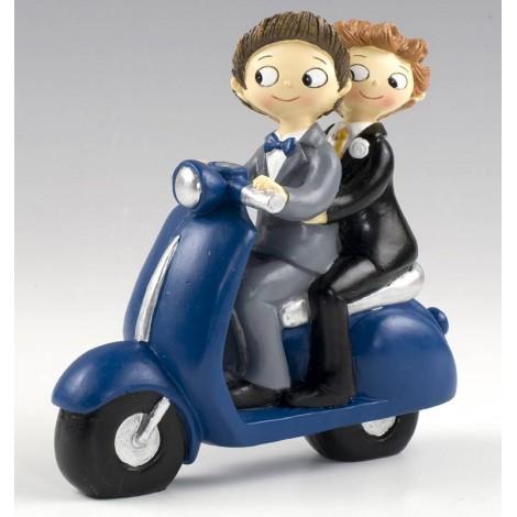 Figura pastel Boys Pop & Fun en moto 17cm