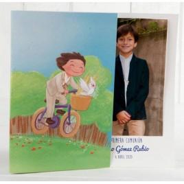 Portafoto de Comunión niño en bici, min.25