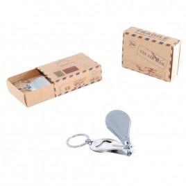 Llavero Cortauñas en caja postal