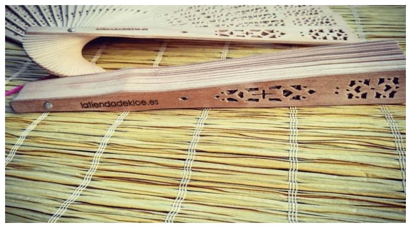 abanicos madera para bodas